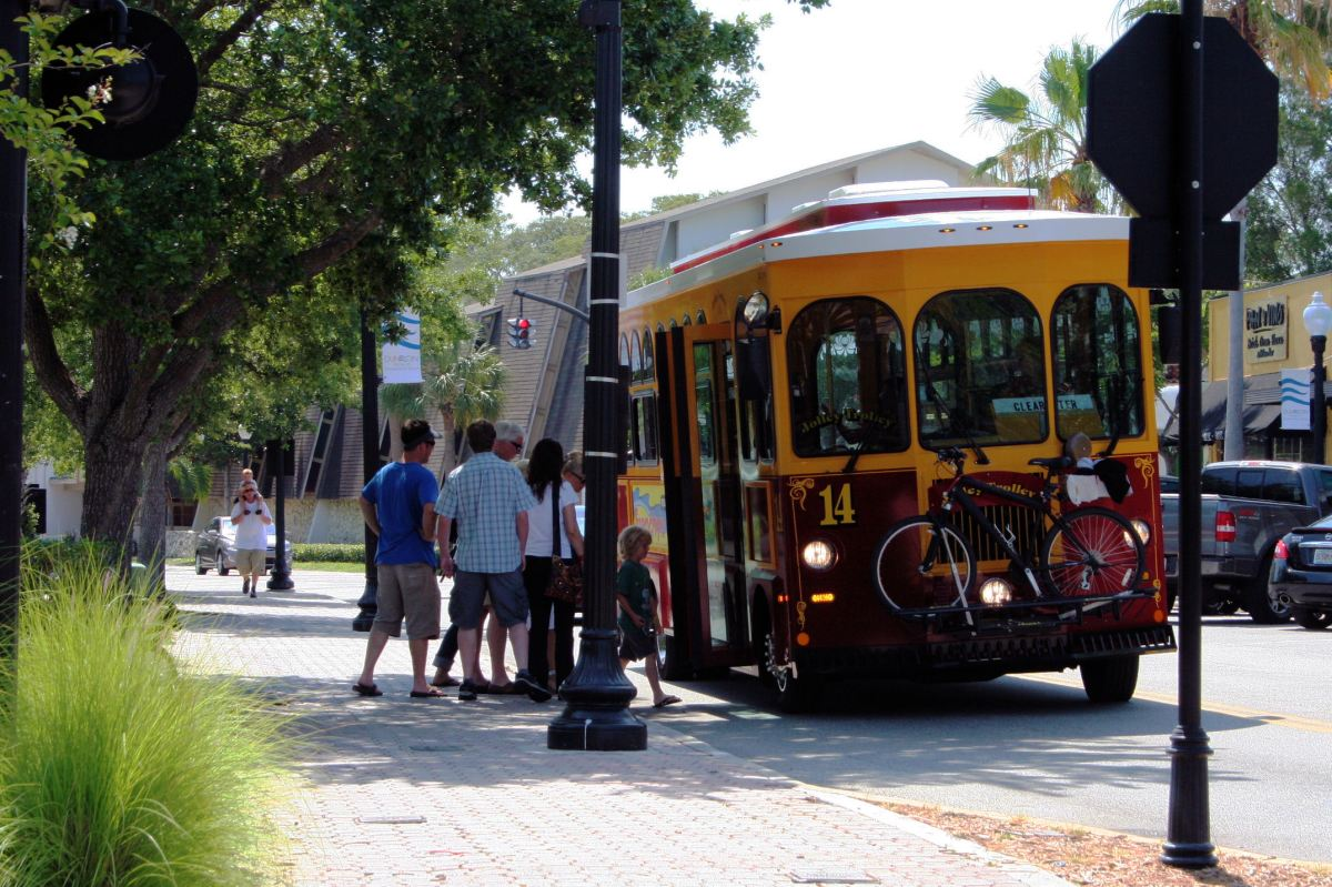 Jolley Trolley Ride